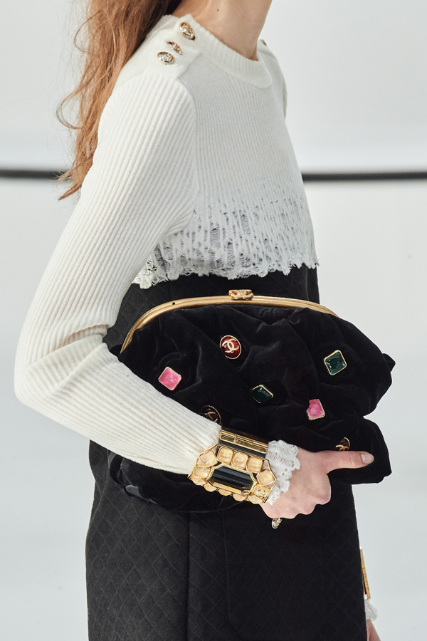 Chanel_Autunno Inverno 2020/2021_Fashion Trend_Borse in velluto